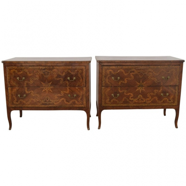 Extraordinary Pair of Walnut and Pearwood Marquetry 2-Drawer Commodes