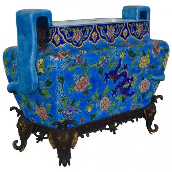 Glazed Porcelain Cachepot on Decorative Gilt Metal Stand