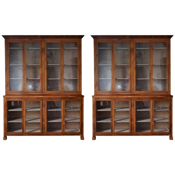 Pair of Bookcases in Light Walnut