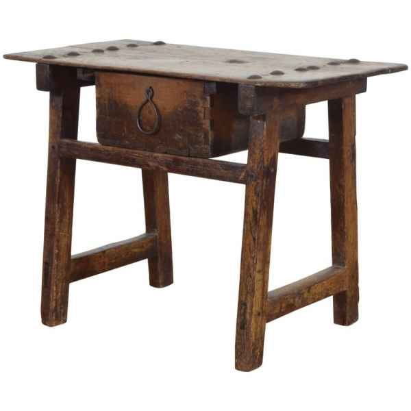 Pinewood Trestle Table with Large Iron Decoration